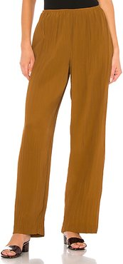 Crinkle Pull On Pant in Brown. - size M (also in L,S,XS,XXS)