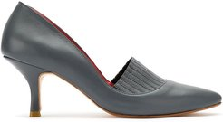 leather pumps with pointed toes - Grey