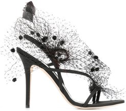 Anne veil and feathers sandals - Black