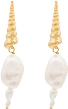 shell pearl drop earrings - White