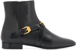 buckled ankle boots - Black