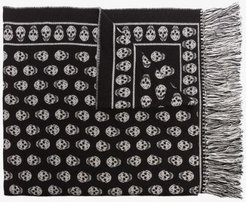 black and grey skull wool stole
