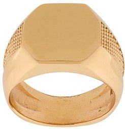embossed signet ring - Gold
