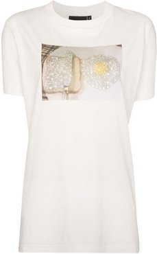 crystal egg and toast-print cotton T-shirt - White