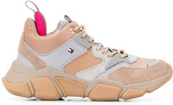panelled hiking sneakers - NEUTRALS