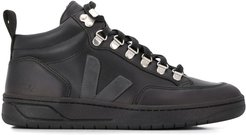V logo embroidered high top sneakers - Black