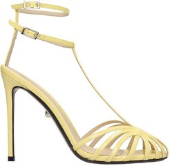Stella 110 Sandals In Yellow Patent Leather