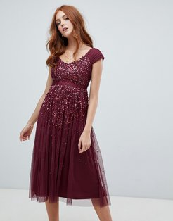 embellished ombre sequin midi dress with cami strap in berry-Red