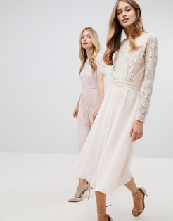 Embroidered Long Sleeve Midi Dress With Plunge Back Detail-Pink