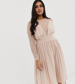 ASOS DESIGN Curve lace and pleat midi dress-Pink