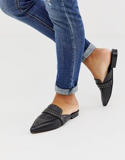 Maximum studded leather pointed mule in black