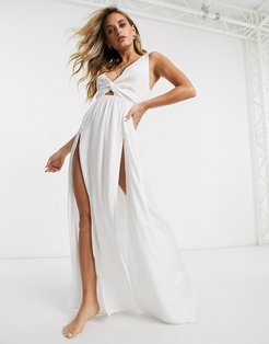 tie back beach maxi dress with twist front detail in white