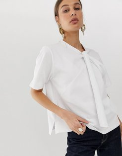 knot front t-shirt