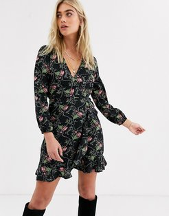 long sleeve mini dress in floral-Multi