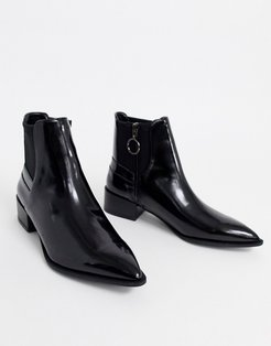 compact chelsea boot in black