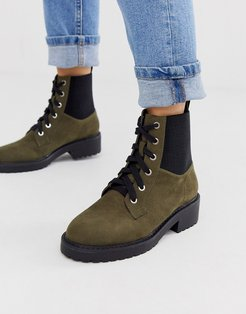 lace up flat chunky boots in khaki-Black