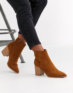 studded rand pointed boot in tan