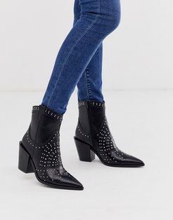 studded pointed western boot in black