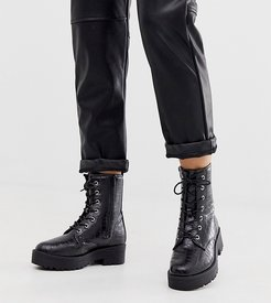 wide fit chunky flat lace up boots in black