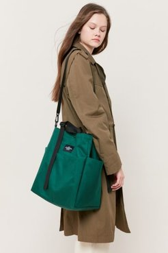 Carry-All Beach Bag - Green at Urban Outfitters