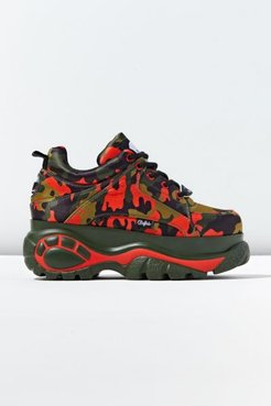1338-14 Platform Men's Sneaker - Red 43 at Urban Outfitters
