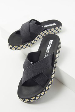 Moon Sandal - Black 6 at Urban Outfitters