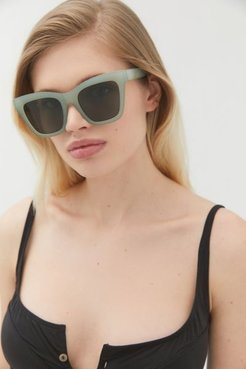 All The Way Up Oversized Sunglasses - Green at Urban Outfitters