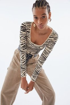 Tiger Knit Scoopneck Sweater - Animal M at Urban Outfitters