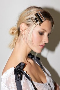 Let's Party Hair Clip Set - Black at Urban Outfitters