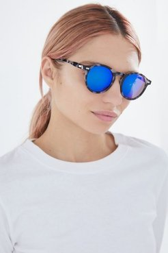 Brianne Plastic Round Sunglasses - Black at Urban Outfitters