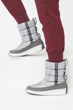 Sorel Out 'N About™ Puffy Mid Boot - Silver 8 at Urban Outfitters