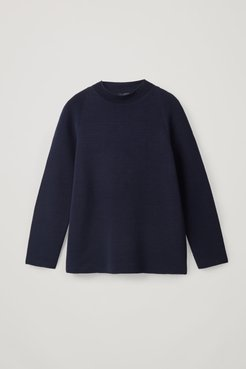 RIPPLE-STITCH MOCK NECK TOP