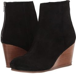 Now Wow (Black) Women's Shoes