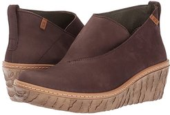Myth Yggdrasil N5131 (Brown) Women's Shoes