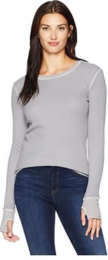 L/S Thumbhole Tee (Pale Grey) Women's Long Sleeve Pullover