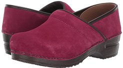 Nina (Raspberry) Women's  Shoes