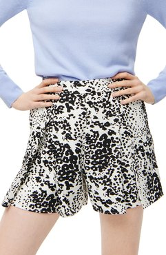 Leopard Pleated 365 Crepe Shorts