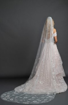 Caviar Floral Cathedral Veil