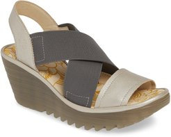 Yaji Cross Wedge Sandal