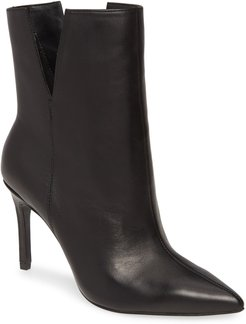 Dashing Pointy Toe Boot