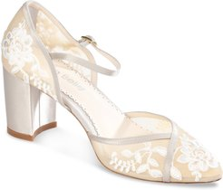 Chelsea Embroidered Pump