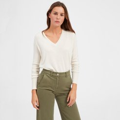 Cashmere V-Neck Sweater by Everlane in Ivory, Size XL