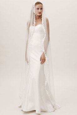 Suki Chapel Veil In Ivory - Size: One Size - at BHLDN