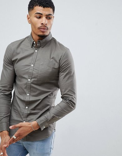 muscle fit oxford shirt in khaki - Green