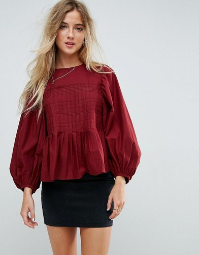 Pleat Detail Top with Contrast Stitching - Black