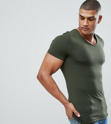 Tall muscle fit t-shirt with raw edge rounded v neck in green - Green