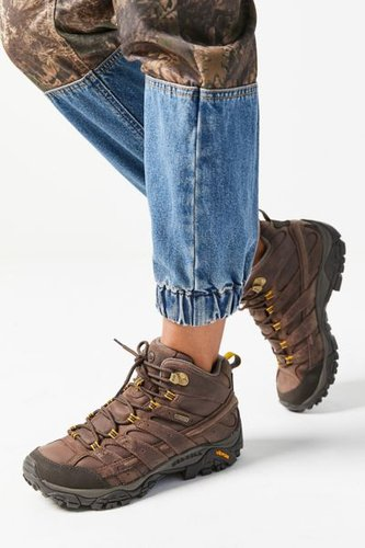 Moab 2 Prime Mid Hiker Boot - Brown 9 at Urban Outfitters