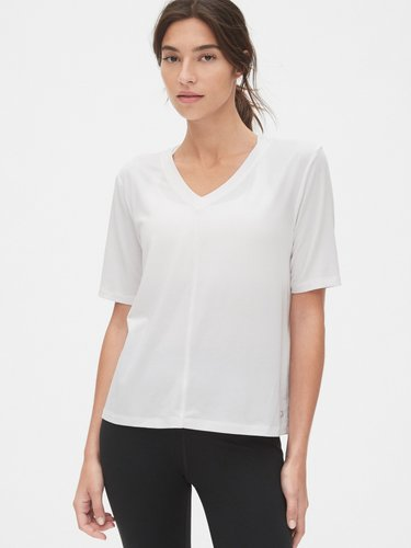 GapFit Breathe Back-Slit V-Neck T-Shirt
