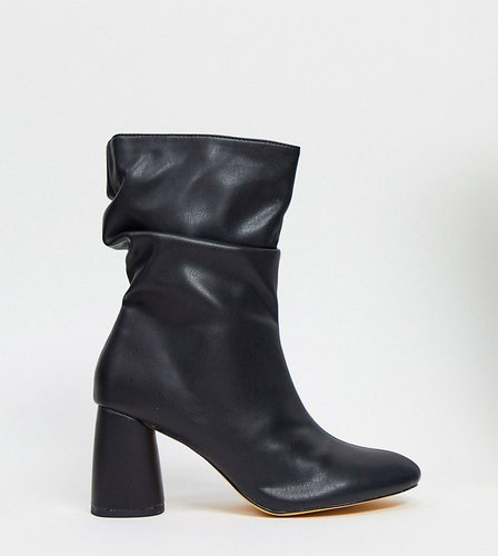 Marshmallow slouch boots in black