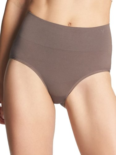Livi Comfortably Curved Shaping Brief